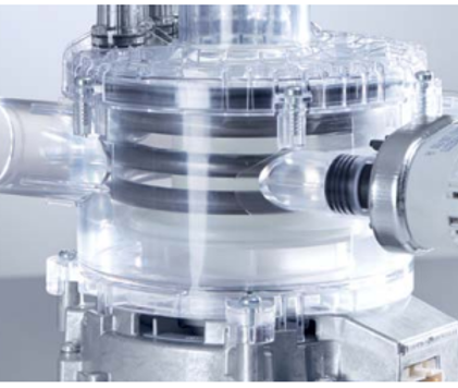 Variable-speed pump for perfect spray pressure in all program phases